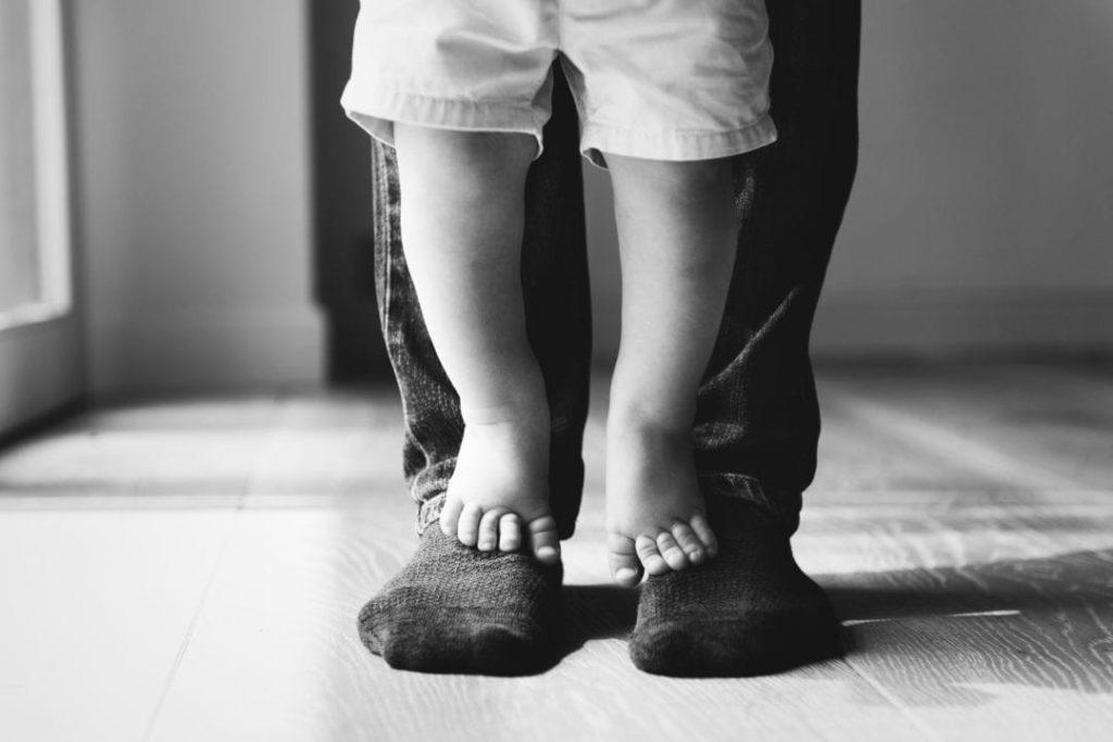 Istraživanja pokazuju da je odnos između roditelja i djeteta temeljan za uspješnu socijalizaciju djeteta i razvoj zdrave ličnosti.